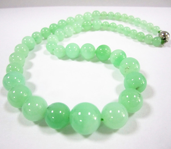 Chrysoprase round beads Quality 12mm turriform necklaces